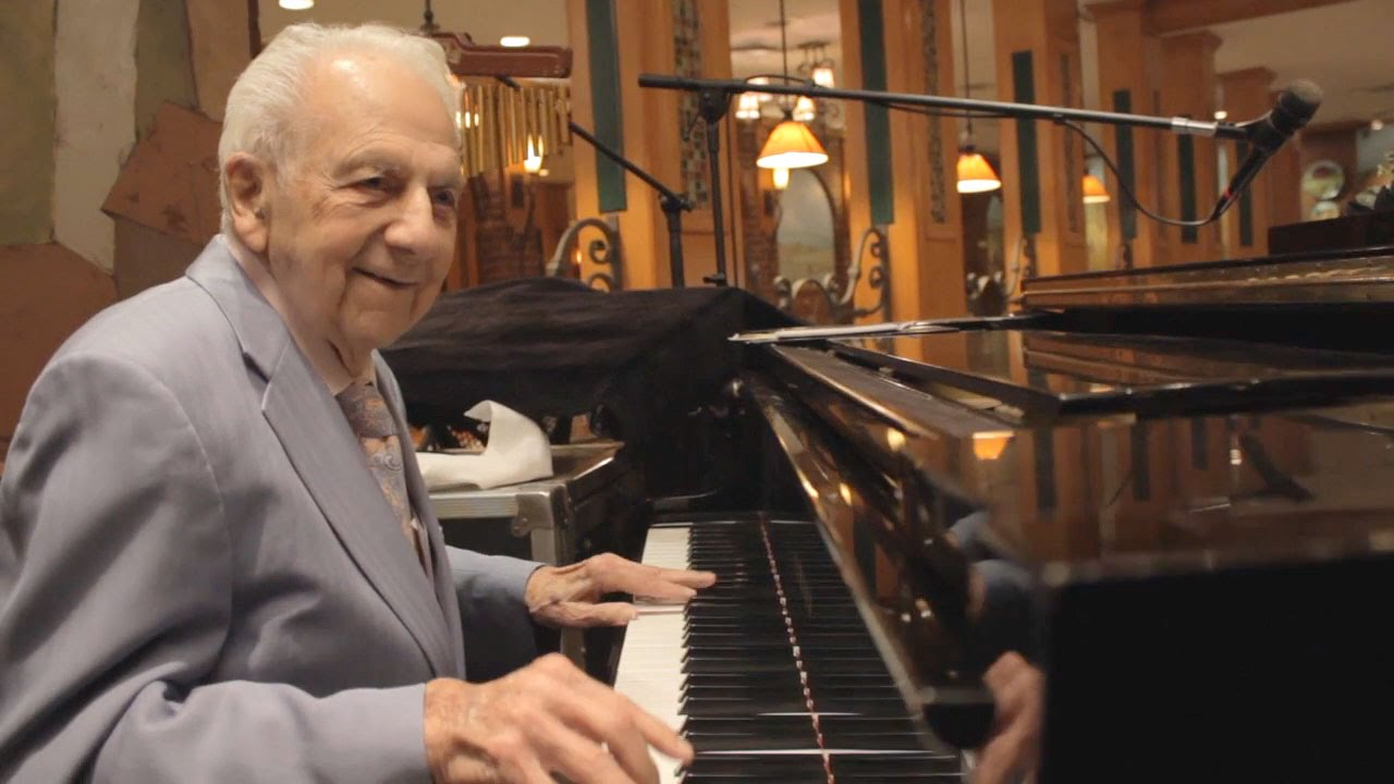 99-Year-Old Pianist Irving Fields