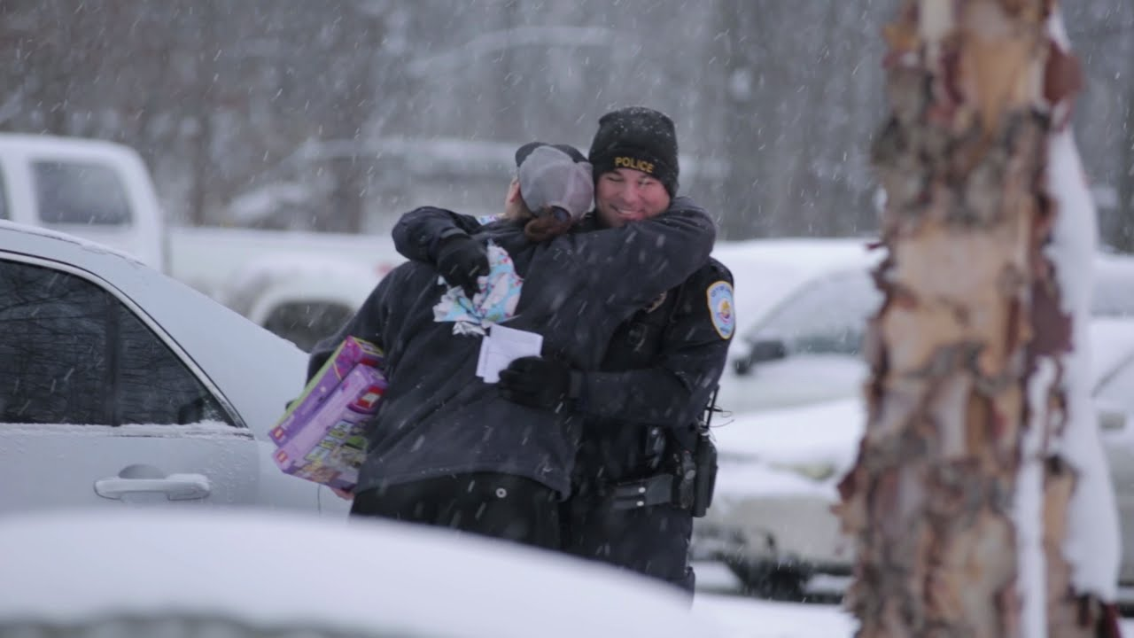Christmas Surprise Traffic Stop with Lowell Police