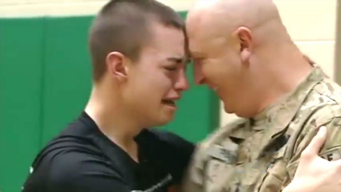Military Dad Surprise His Sons