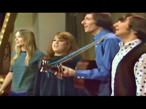 California Dreamin' – Mamas & The Papas