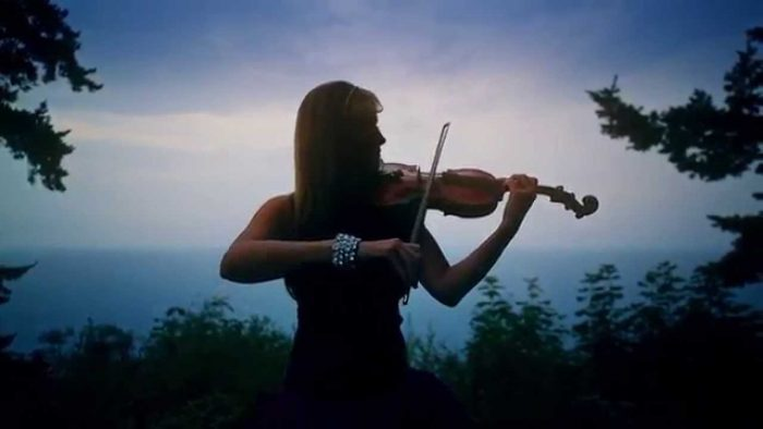 Beautiful Violin & Piano Version of Hallelujah