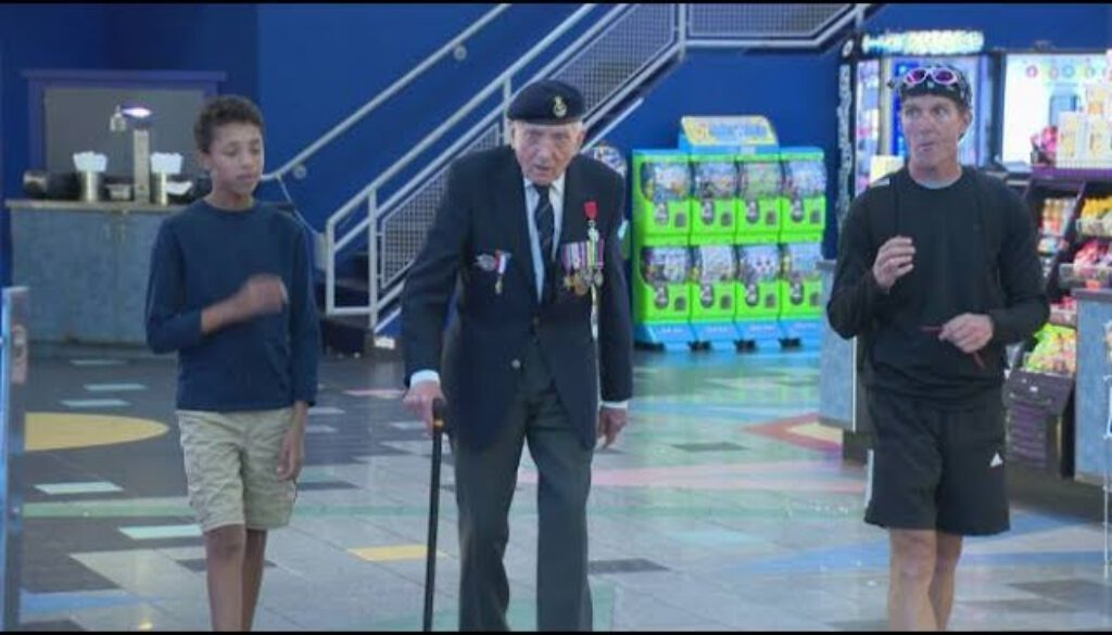 Calgary-veteran-who-survived-Dunkirk-causes-a-stir-at-movie-premiere