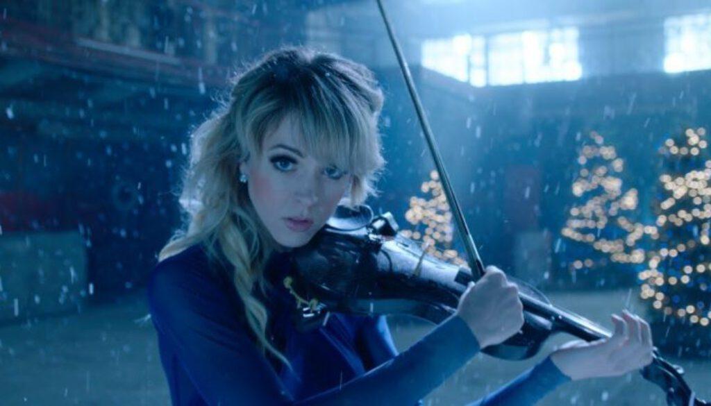 Lindsey-Stirling-Carol-of-the-Bells