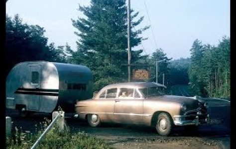 43-Photos-Showing-People-With-Their-Travel-Trailers-in-America-during-the-1950s-1960s