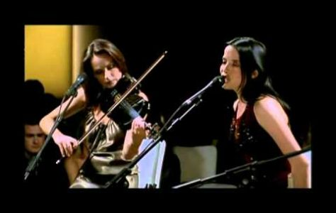 The Corrs – Everybody Hurts UNPLUGGED – Amazing version of the R.E.M. Song