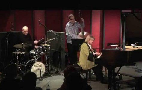 Autumn Leaves – Beegie Adair Trio