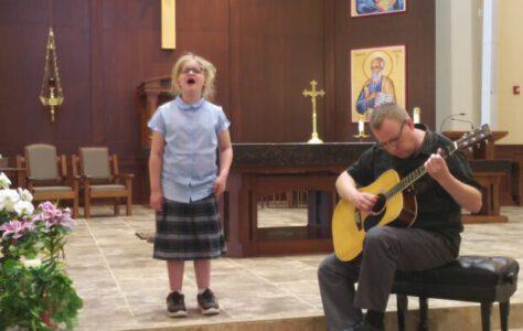 Hallelujah – 7 Year Old Veronica