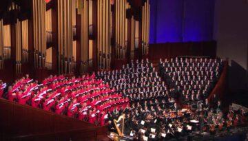 Hark! The Herald Angels Sing – Mormon Tabernacle Choir