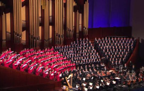 Hark! The Herald Angels Sing – Mormon Tabernacle Choir
