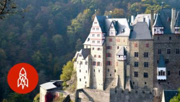 This German Castle Has Been One Family's Home for 850 Years
