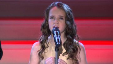 "Amira Willighagen – ""Ave Maria"" Gounod Duet"