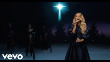 O Holy Night – Carrie Underwood (Live)