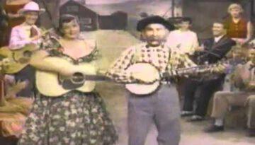 Old Dan Tucker – Grandpa Jones